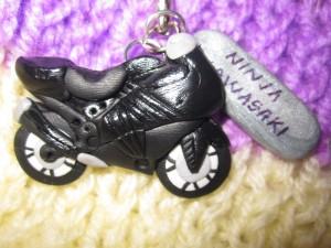 accesorii-cercei-pandantiv-breloc-handmade-cadou-motociclete-ninja-kawasaki-2