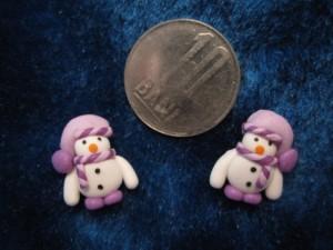 accesorii de iarna-cercei-de-iarna-omuleti-de-zapada-caciulita-lasata-mov