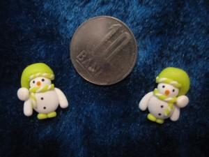 accesorii de iarna-cercei-de-iarna-omuleti-de-zapada-caciulita-lasata-verde-crud